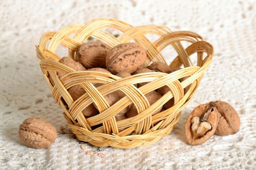 Basket for sweets and bread - MADEheart.com