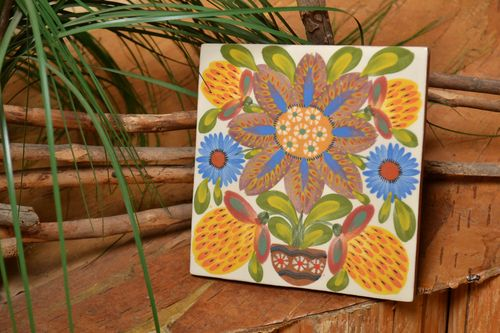 Handmade beautiful ceramic tile with majolica engobes painting interior ideas - MADEheart.com
