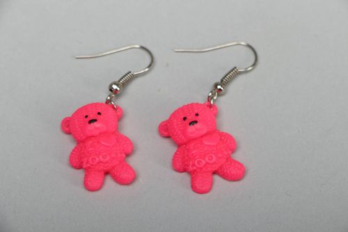 Polymer clay earrings in the shape of pink bears - MADEheart.com