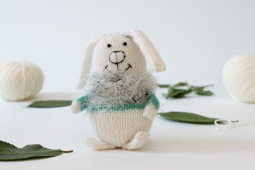 Knitted toy Hare - MADEheart.com