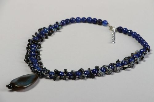Necklace with agate, lapis lazuli and obsidian - MADEheart.com