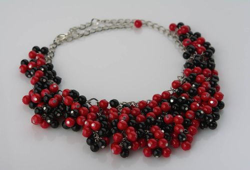 Handmade necklace made of ceramic beads on metal chain red and black stylish jewelry - MADEheart.com