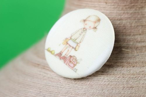 Beautiful handmade plastic button stylish needlework supplies sewing ideas - MADEheart.com