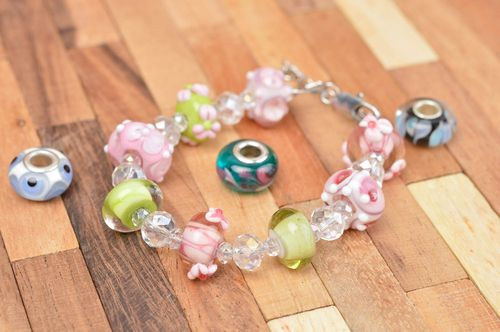 Handmade glass bead bracelet fashion bracelet glass jewelry modern accessories - MADEheart.com