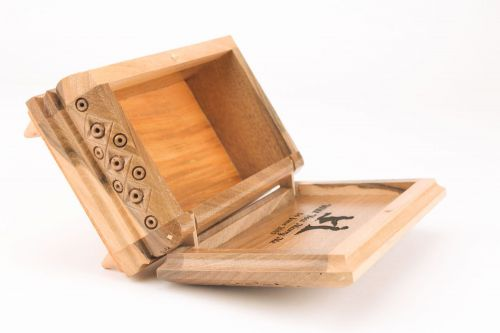Personalised gift, carved wooden box - MADEheart.com