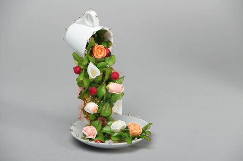Unusual topiary cup Flowers - MADEheart.com