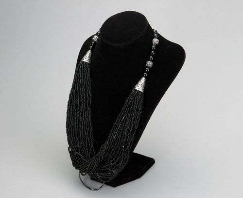 Necklace made of beads & agate - MADEheart.com