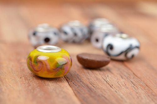 Handmade glass beads jewelry making supplies glass bead lampwork ideas - MADEheart.com