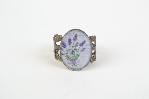 Handmade oval jewelry resin ring with lavender image - MADEheart.com