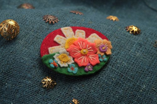 Handmade felted brooch designer stylish brooch female cute accessory gift - MADEheart.com