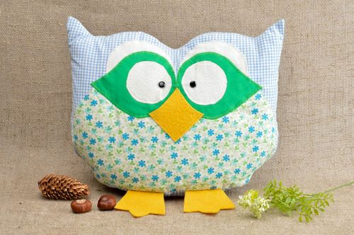 Creative handmade pillow designer stylish accessories lovely home decor - MADEheart.com