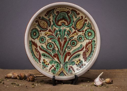 Decorative ceramic plate - MADEheart.com