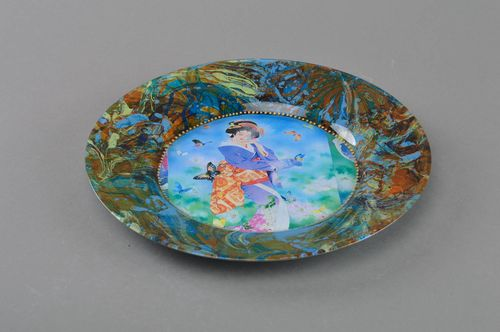 Handmade colorful designer glass decoupage round plate in Japanese style - MADEheart.com
