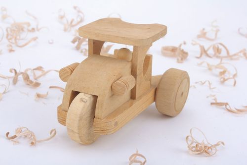 Childrens toy Tractor - MADEheart.com