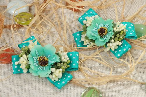 Set of 2 handmade hair clips with small rep ribbon bows of turquoise color - MADEheart.com