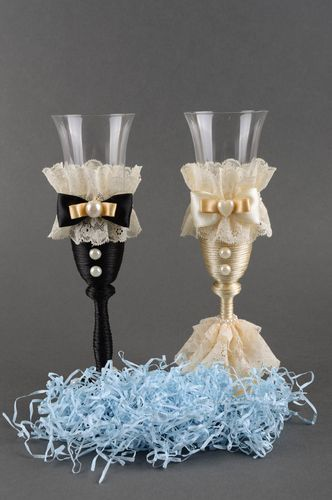 Champagne flutes handmade champagne glasses wedding accessories unique gifts - MADEheart.com