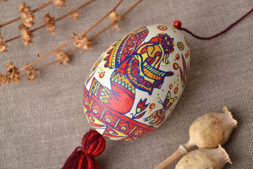 Handmade hanging Easter egg with painting - MADEheart.com