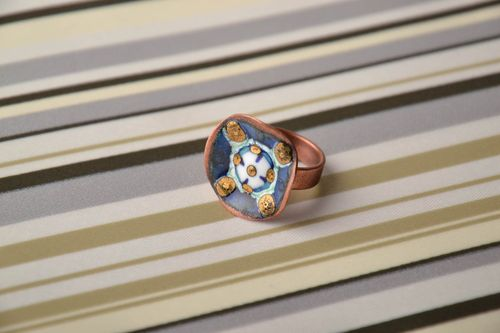 Copper ring painted with enamels with adjustable size - MADEheart.com