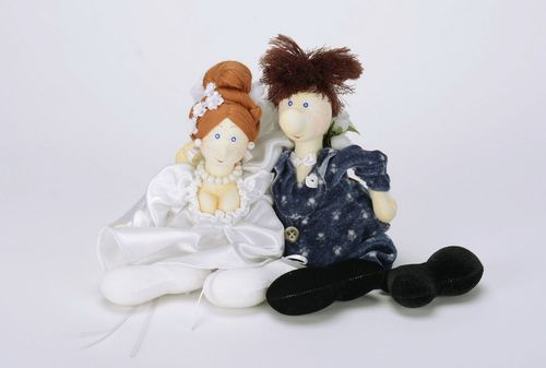 Soft dolls Wedding couple - MADEheart.com