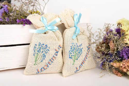 Handmade sachet bag with herbs home design aromatherapy at home small gifts - MADEheart.com
