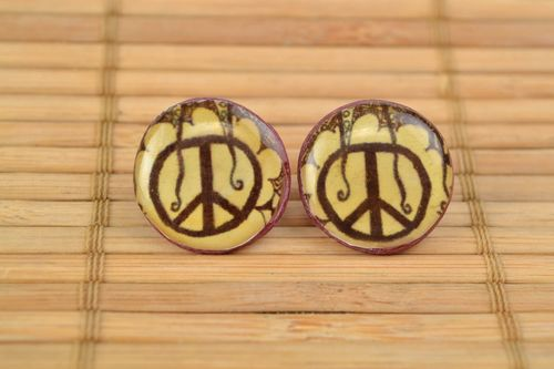 Handmade polymer clay stud earrings with decoupage Peace coated with epoxy resin - MADEheart.com