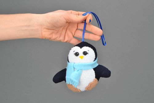 Fabric pendant toy Penguin - MADEheart.com