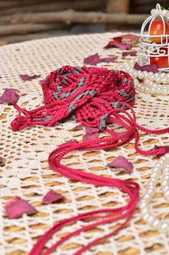 Handmade female grey and crimson belt made of laces using macrame technique - MADEheart.com