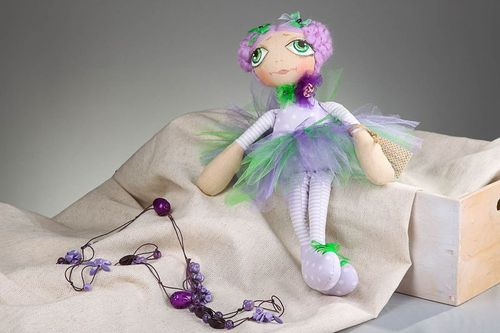 Doll Fairy of flowers - MADEheart.com