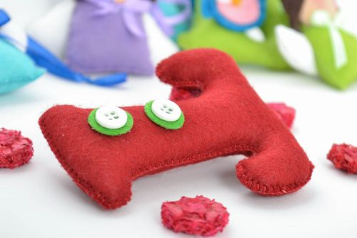 Beautiful bright handmade felt fabric soft toy letter T for kids and home - MADEheart.com
