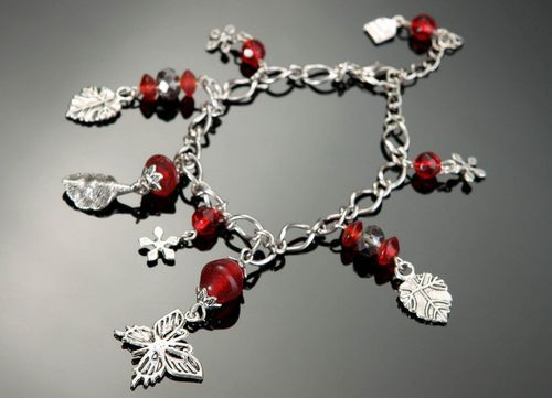 Bracelet with glass & crystal - MADEheart.com
