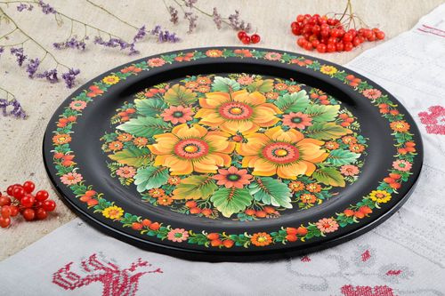Handmade wooden plate stylish painted kitchen ware decorative use only - MADEheart.com