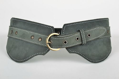 Belt made from Italian natural leather with clasp - MADEheart.com