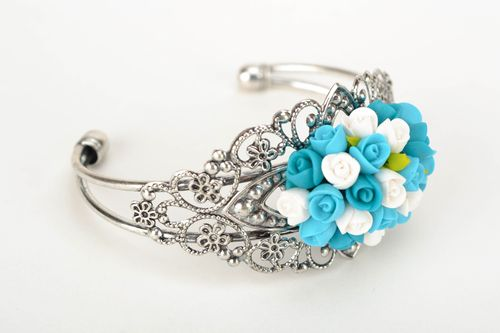 Lacy designer bracelet with polymer clay flowers - MADEheart.com