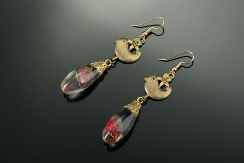 Long earrings with rosebuds - MADEheart.com