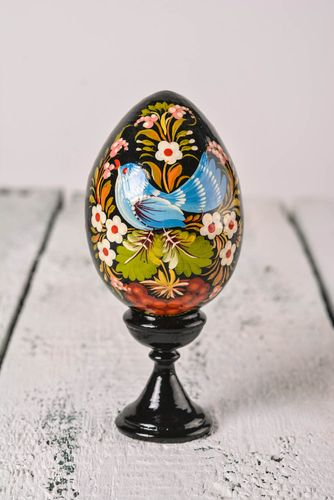 Handmade painted Easter decor stylish wooden egg interior Easter souvenir - MADEheart.com