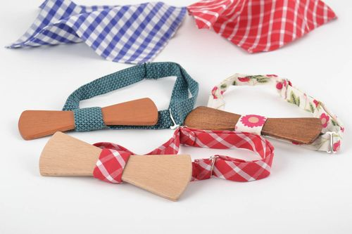 Set of 3 handmade designer wooden bow ties with adjustable fabric straps - MADEheart.com