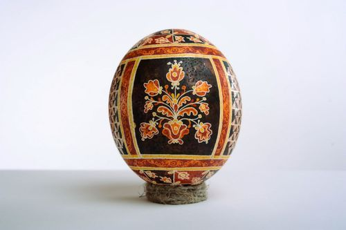 Easter ostrich egg - MADEheart.com