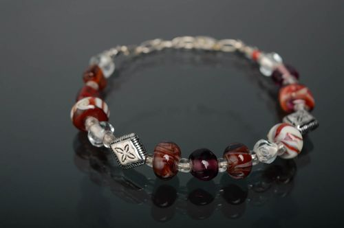 Wrist bracelet made of lampwork glass - MADEheart.com