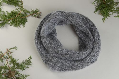 Stylish handmade wool scarf warm knitted scarf design fashion women outfits - MADEheart.com