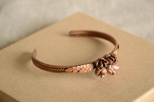 Beautiful handmade copper bracelet metal bracelet designs fashion accessories - MADEheart.com
