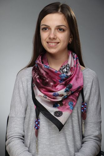 Silk scarf with cats eye and charoite stones - MADEheart.com