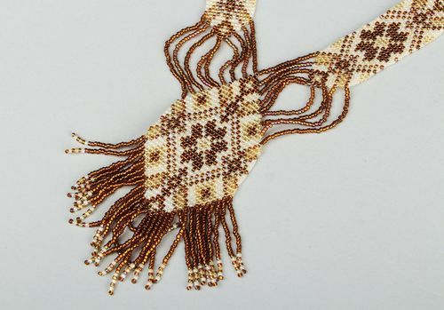 Neck jewelry made of beads, gerdan - MADEheart.com