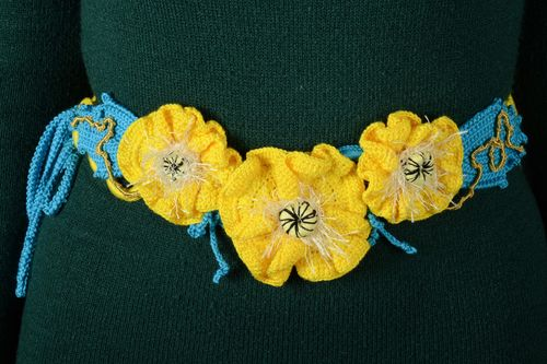 Hand crochet acrylic and cotton womens flower belt - MADEheart.com