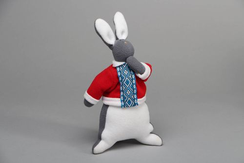 Handmade soft fleece toy - MADEheart.com