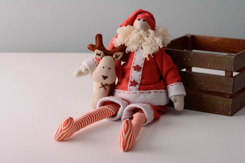 Santa Claus with deer - MADEheart.com