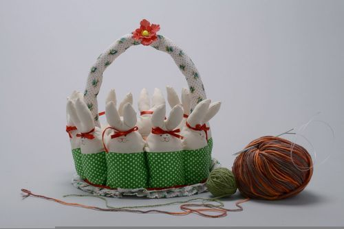 Decorative table basket Hares - MADEheart.com