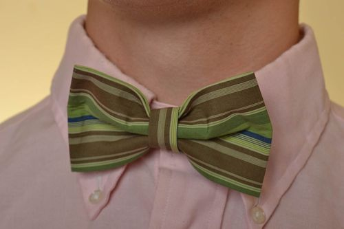 Beautiful striped homemade designer bow tie with adjustable strap - MADEheart.com