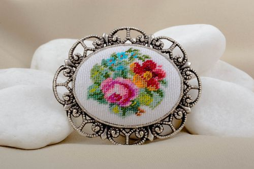 Handmade brooch in vintage style designer brooch gift stylish embroidered brooch - MADEheart.com