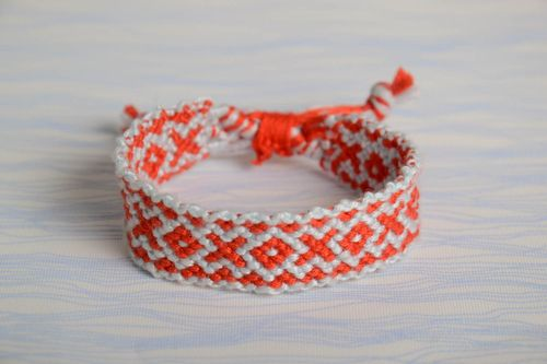 Red and white handmade bright thin bracelet woven of embroidery floss - MADEheart.com