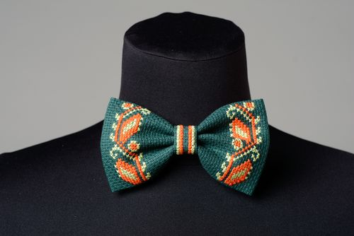Handmade dark green bow tie decorated with ornamental ethnic embroidery for men - MADEheart.com